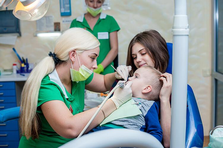 Кучава Дарина - стоматолог-терапевт, детская стоматологическая клиника Гамма