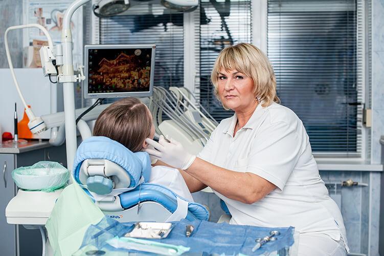 Куркина Ирина - стоматолог-хирург, стоматологическая клиника Альфа