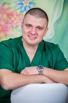 Олейник Вячеслав Владимирович - детский ЛОР-врач